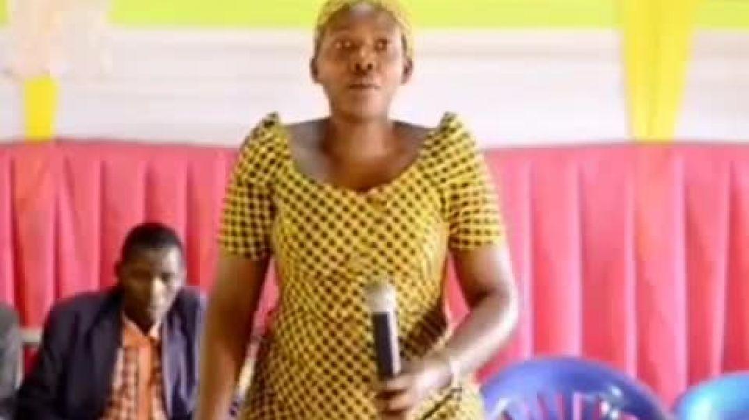[Ndebera bapasteur bateye] ubuse Arikwigisha ijambo ry'Imana cg kuba Slay Queen. Atumye nseka