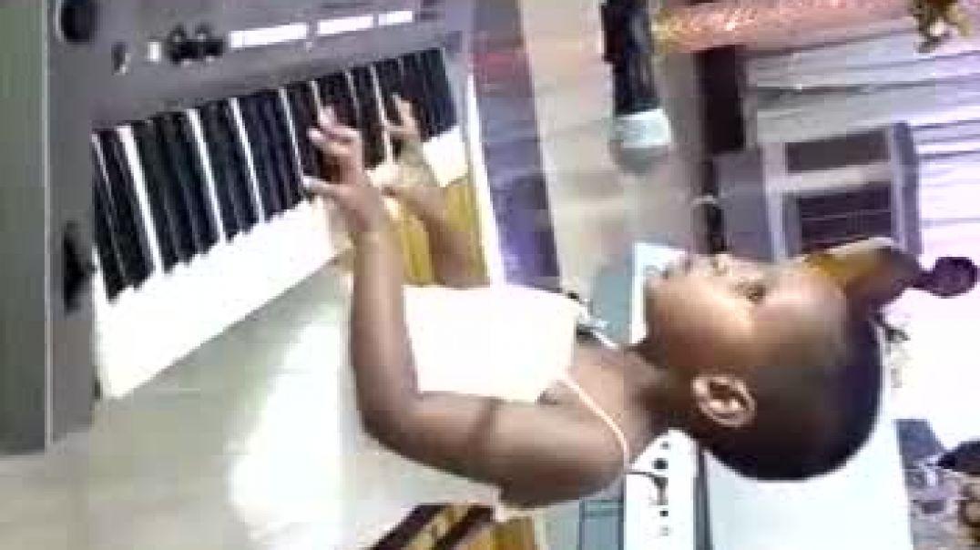 *ISIMBIRYISA Lovely Forte\ Imyaka 4 [ Talented gusa gusa gusa: (pianist, singer,actress...)]